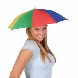 Multifarebný dáždnik a klobúk