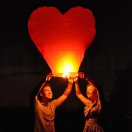 Lampióny šťastia 10ks - farebné srdce