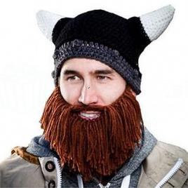 Vikingská čiapka s fúzami a rohami